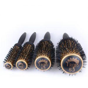 Четка за коса с турмалинова защита